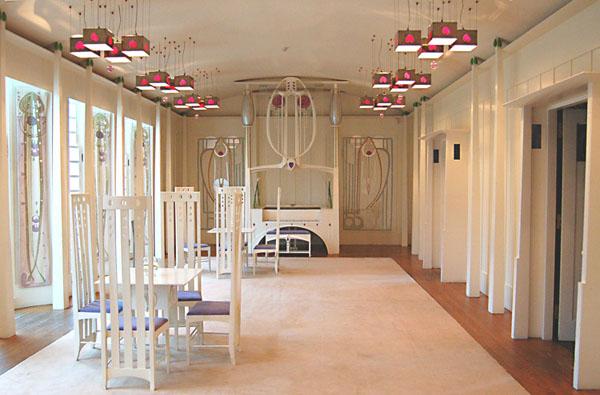 Charles rennie mackintosh designs scottish stained glass for Interior design glasgow
