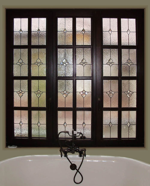 Stained glass bathroom scottish stained glass for Window glass design