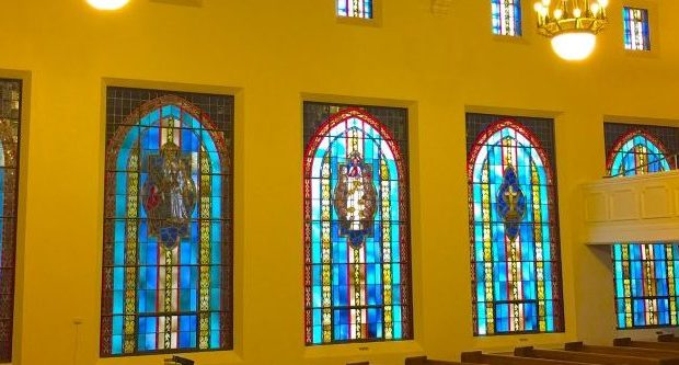 mustang church stained glass
